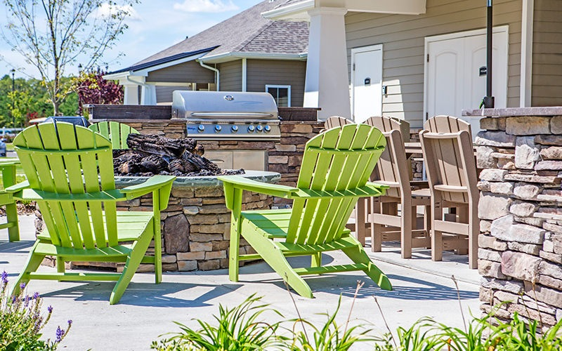 Large outdoor BBQ area with plenty covered seating
